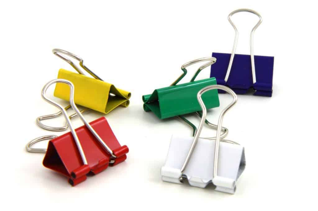 Assorted binder clips